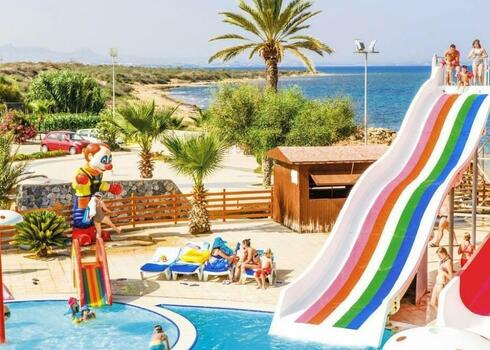 Ciprus, Famagusta: Crystal Rocks Holiday Resort 3*