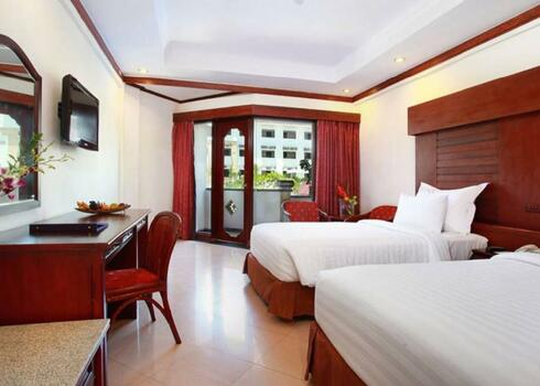 Bali, Kuta: Grand Inna Kuta Hotel 4*, reggelivel